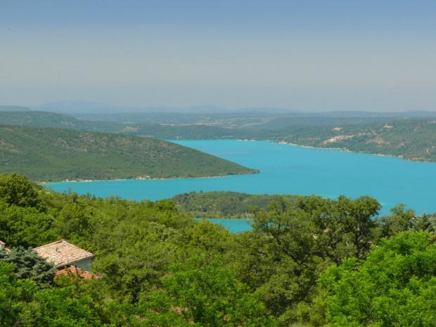 Szmaragdowa woda jeziora Ste - Croix #CanionDuVerdon