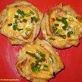 ,,Mufinki,, z chleba tostowego .Przepisy na : http://www.kulinaria.foody.pl/ , http://www.kuron.com.pl/ i http://kulinaria.uwrocie.info #tosty #chleb #zapiekanki #pieczarki #mufinki #śniadanie #kolacja #przekąski #jrdzenie #gotowanie #kulinaria