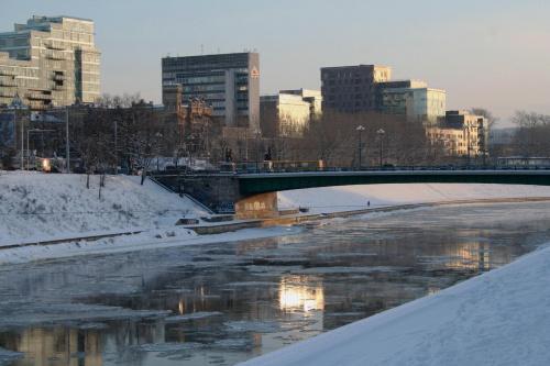 Rzeka Wilia,fragment Zielonego mostu. #Wilno