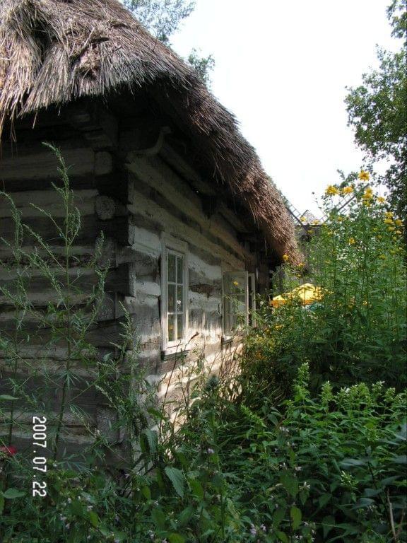 jarmark holeński - chata #chata #strzecha #Polesie #skansen