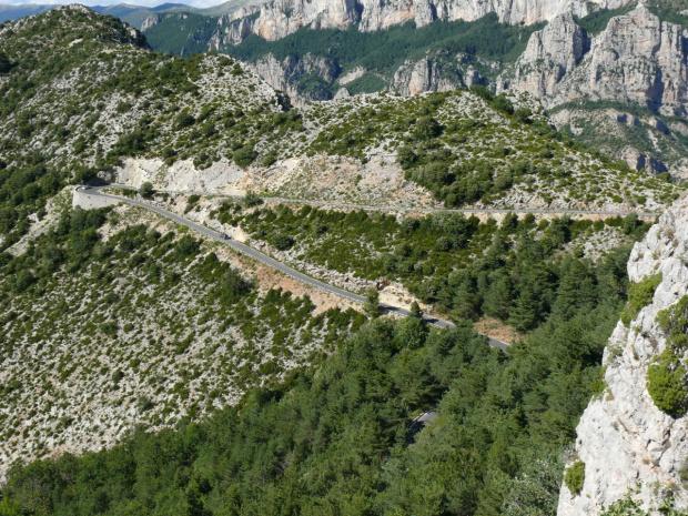 Górskie, kręte drogi w Grand Canyon du Verdon #CanionDuVerdon #Francja #Prowansja
