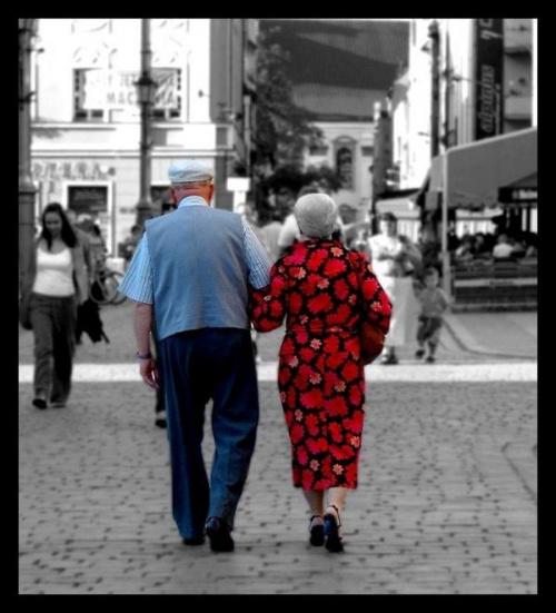 W tłumie.....w zapomnieniu..kochają się..