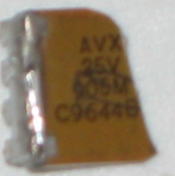 Identyfikacja elementu na płycie laptopa