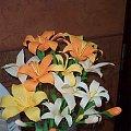 lilie wykonane z krepiny, wiel...
