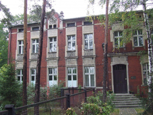 Waldschloss - Zameczek Leśny, Stara Kuźnica, Ruda Śląska #Waldschloss #StaraKuźnica #RudaŚląska #ZameczekLeśny #HeinrichSchindler #tajemnica #Enpol