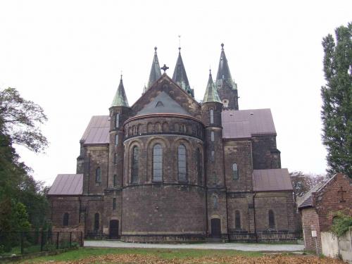Nowy kościół w Kochłowicach wybudowany w 1902 roku z inicjatywy ks. Ludwika Tunkla. Widok od wschodu. #NowyKościół #neogotycki #neoromański #Tunkel #Kochłowice #kochlowice #Kochlowitz
